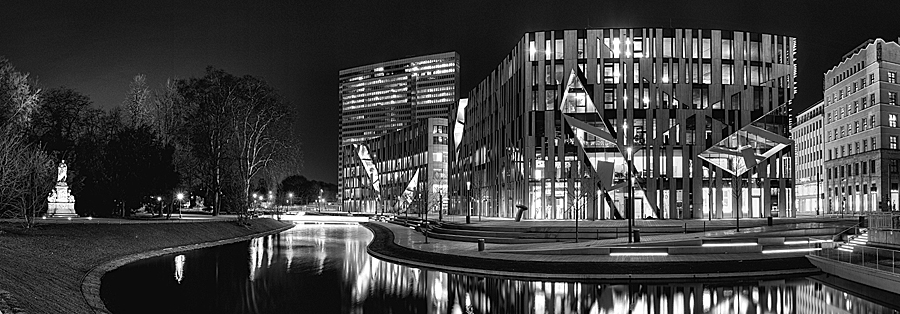 Düsseldorfer Koe Bogen auf Leinwand